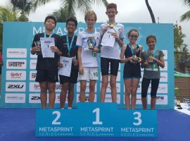 Podium_YOUTH-RELAY